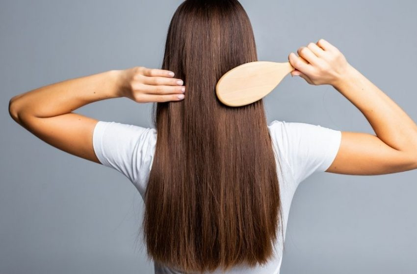 8 Tips for Healthy Frizz Free Hair!